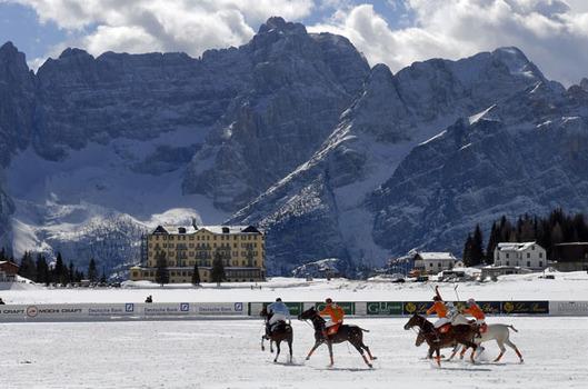 Cortina Tourism