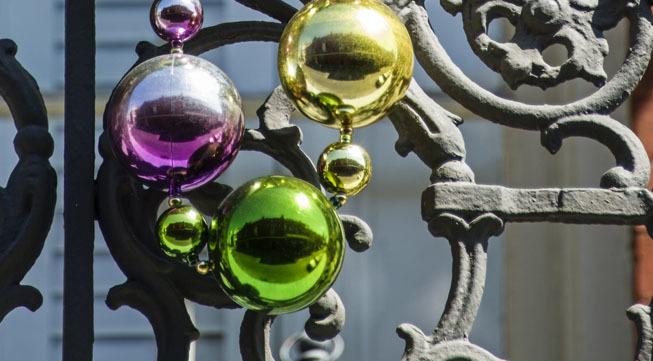 Bigstock-french-quarter-balcony-52552921