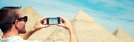 Share travel photos and stories with the Gowalla travel app